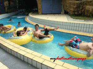 Jurong_East_Swimming_River_pool1